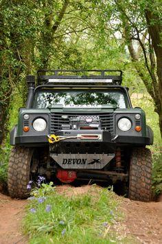 Devon 4X4 Landrover 90
