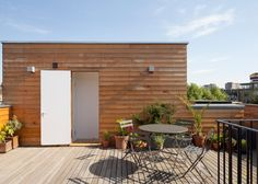 Scenario lowers a ceiling to create a sunken roof terrace