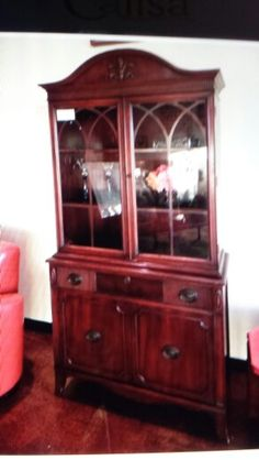 Small China cabinet from Calisa