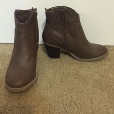 Old Navy Brown Booties Brown booties with a small heel. Old Navy Shoes Ankle Boots & Booties