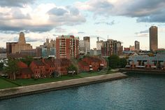 #Buffalo, NY  Local Buffalo New York Interests Directory   Share Thank you    http://www.linksbuffalo.com/place/queen-city-ferry-company/