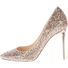 Pre-owned Jimmy Choo Esme Glitter-Embellished Pumps (17.670 RUB) ❤ liked on Polyvore featuring shoes, pumps, gold, off white pumps, metallic gold pumps, glitter pumps, jimmy choo shoes and champagne glitter pumps
