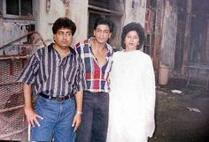SRK with his cousin Noor Jehan and her husband.