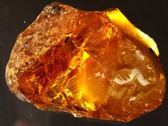 Amber – considered a master healing non-gem. Baltic amber absorbs negative energy which is turns into positive energy. It is used for its calming effects and as a healing stone for joint disorders, stomach ailments, and spleen and kidney problems. In previous years, physicians prescribed amber for heart problems, headaches and arthritis treatment. Useful memory aid, encourages peacefulness, trust, wisdom.