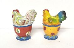 Vintage Rooster Salt & Pepper Shaker Set Floral Flowers Red Yellow Blue Farm 4""