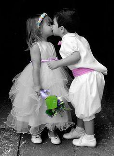 Precious, First Kiss ! Precious Children, Beautiful Children, Beautiful Babies, Baby Kind, Baby Love, Baby Pictures, Cute Pictures, Cute Kids, Cute Babies