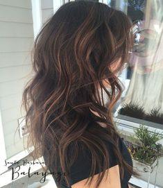 Best Dark Brown Hair with Caramel Highlights(Dyed Hair Caramel) Dark Brown Hair With Caramel Highlights, Hair Highlights, Chunky Highlights, Color Highlights, Light Brown Hair, Dark Hair, Caramel Hair, Long Wavy Hair, Short Hair