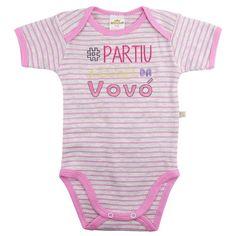 Desenvolvido em um lindo design e com tecido super macio e confortável, o Body Suedine Frase Vovó Rosa - Best Club é ideal para deixar seu bebê com mais estilo e conforto no dia a dia ou nos momentos de passeios e diversão.