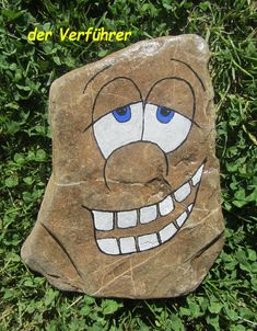 813 images about Kreativ - Rock / Stone / Pebble Art on We Heart It Rock Painting Patterns, Rock Painting Ideas Easy, Rock Painting Designs, Paint Designs, Pebble Painting, Pebble Art, Stone Painting, Stone Crafts, Rock Crafts
