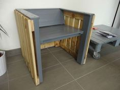 Pallet Armchair, Inspired By Mies Van Der Rohe