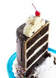 Root Beer Float Layer Cake | Sweetapolita