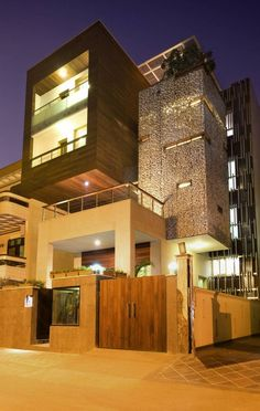 The Kindred Contemporary House by Anagram Architects is part of Interior architecture design - The Kindred House is a contemporary residence located in India It was a project developed by Anagram Architects The house was built for two brothers and Architecture Design, Residential Architecture, Amazing Architecture, Contemporary Architecture, System Architecture, Installation Architecture, Modern House Design, Loft Design, Home Fashion