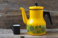 Excellent Vintage Arabia Finel Raija Uosikkinen Yellow Enamel Coffee Pot - Mid Century