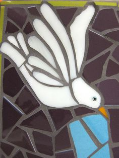Mosaic bird super easy to use the mosaic patern over a colored piece of paper...