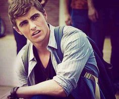 Dave Franco....brother of other hottie James Franco. Good genes, boys!