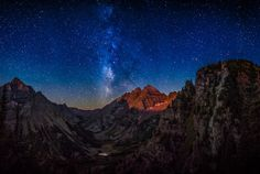 Epic Stargazing Destinations- Maroon Bells, Aspen, Colorado