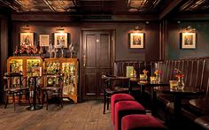 Secret Bars in London The Nightjar This award-winning clandestine lounge proves London can do Prohibition-era bars right, perhaps so right you might feel like you're in a New York speakeasy. If the dark, moody design doesn't get you, the live jazz certainly will. 129 City Road; barnightjar.com