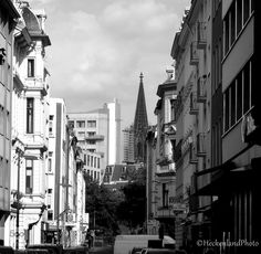 Cologne - Pinned by Mak Khalaf City and Architecture DomKathedraleblack and whitecolognegermanytownvillage by sketchup2001