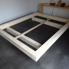 Bed frame made of beams Carpenter& wood laboratory in Bern- Bettrahmen aus Balken
