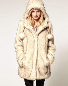 Manteau gris capuche fausse fourrure
