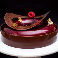 #plateddesserts # red # Chocolate