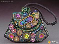Волшебные сумочки из бисера - YouTube