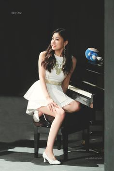 Kpop Girl Groups, Korean Girl Groups, Kpop Girls, Japanese Girl Group, Korean Music, Korean Celebrities, The Wiz, Beautiful Asian Girls, Yuri