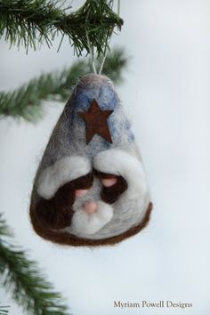 Nativity - Nativity Ornament - Christmas Nativity - Felted Nativity The Nativity is needle felted on light brown wool felt . The nativity Nativity Ornaments, Nativity Crafts, Felt Christmas Ornaments, Christmas Nativity, Christmas Art, Nativity Scenes, Needle Felted Ornaments, Felted Wool Crafts, Felt Crafts