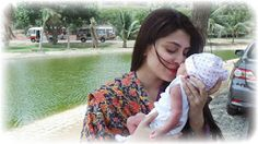 First Picture of Ayeza Khan & Danish Taimoor with their Newly Born daughter on Eid ! | Pakistani Showbiz Buzz Industry | Latest News