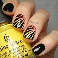 Love this nail art ✔