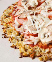 Low-carb, flourless, healthy cauliflower pizza crust recipe | via @SparkPeople #food #paleo