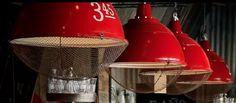 lampara galponera con reja y numero pintado (diam 50)
