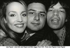 """Photographer Jean Pigozzi's selfie with Jerry Hall and Mick Jagger in Published in """"ME CO"""" by Jean Pigozzi Damiani. Go Johnny Go, Le Palace, Jerry Hall, Praise Songs, Strange Photos, Romance And Love, Rare Pictures, Mick Jagger, Well Dressed Men"""