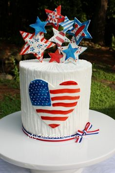 Painted fondant of july cake tutorial Fourth Of July Cakes, 4th Of July Desserts, 4th Of July Celebration, 4th Of July Party, July 4th, America Cake, Foundant, July Birthday, Happy Birthday