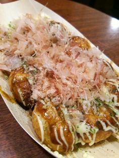 Takoyaki at Wanaka in Osaka. Da best!