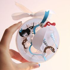 """Crazy About Alice: I Made Tiny Paper-Cuts Inspired By """"Alice In Wonderland"""" 