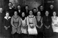 Min oldemor Jonette Wikhaug f. til venstre, bildet er fra Andøy historie lag sine nettsider
