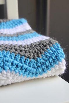 pattern for double crochet chevron baby blanket | Chevron Baby Blanket by Lesley Stein | Crocheting Ideas