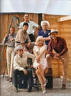 "Marilyn Monroe, Clark Gable, Clift Montgomery, John Huston and Arthur Miller on the set of The Misfits, Reno, Nevada, 1961. @ Ellliott Erwitt on the set of ""The Misfits"""
