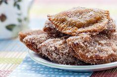 Σκαλτσούνια. Ένα παραδοσιακό γλυκάκι που το βρίσκουμε σε πολλές παραλλαγές και πολλές πόλεις της Ελλάδας, σε νηστίσιμη εκδοχή!