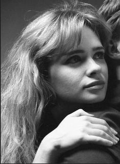 Adrienne Shelly, Hal Hartley, Iconic Women, Independent Films, Film Director, Let Them Talk, Screenwriting, American Actress, Celebrity News