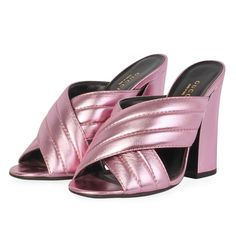 These sophisticated Gucci sandals are a pair you need to add to your wardrobe. Mean Girls, Metallic Leather, Pretty In Pink, Designer Shoes, Heeled Mules, Dust Bag, High Heels, Take That, Gucci