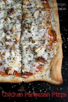 Chicken Parmesan Pizza {Main Dish Contributor} - My Favorite Finds