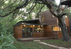Lush Tree Canopy enshrouds Contemporary spin on Modern 'Cabin' - Austin TX [2560 x 1758]