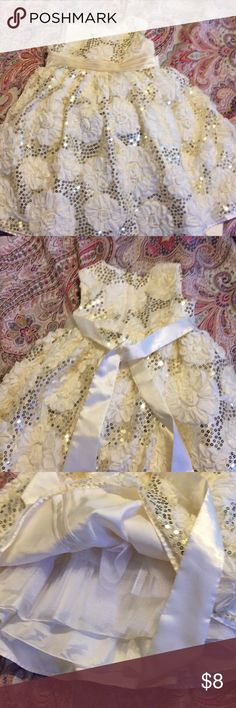 Gorgeous girls fancy dress Fancy and formal, this dress could be used at weddings, or for professional Xmas pictures. Was worn once. In excellent condition. American Princess Dresses Formal