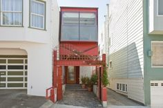 $1,000,000 Million Contemporary San Francisco Residence Only 10 Feet Wide