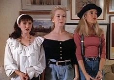 21 Style Lessons From 'Beverly Hills 90210' That Still Influence Fashion Today — PHOTOS