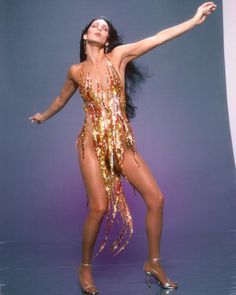 Cher, Tina Turner or Beyoncé: who wore Bob Mackie's flame dress best? Bob Mackie, 70s Fashion, Vintage Fashion, Fashion Outfits, Fashion 2014, Studio 54 Fashion, Fashion Shoot, Fashion Wear, Fashion Styles