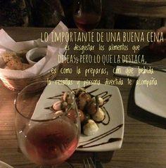 La Chica del Yoyo Rojo: UNA BUENA CENA Dinner, Red, Food Items