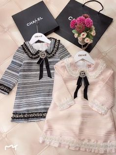 31 New ideas black children girls daughters Baby Chanel, Chanel Kids, Cute Little Girls Outfits, Kids Outfits Girls, Toddler Outfits, Baby Boy Outfits, Baby Girl Dresses, Luxury Baby Clothes, Designer Baby Clothes